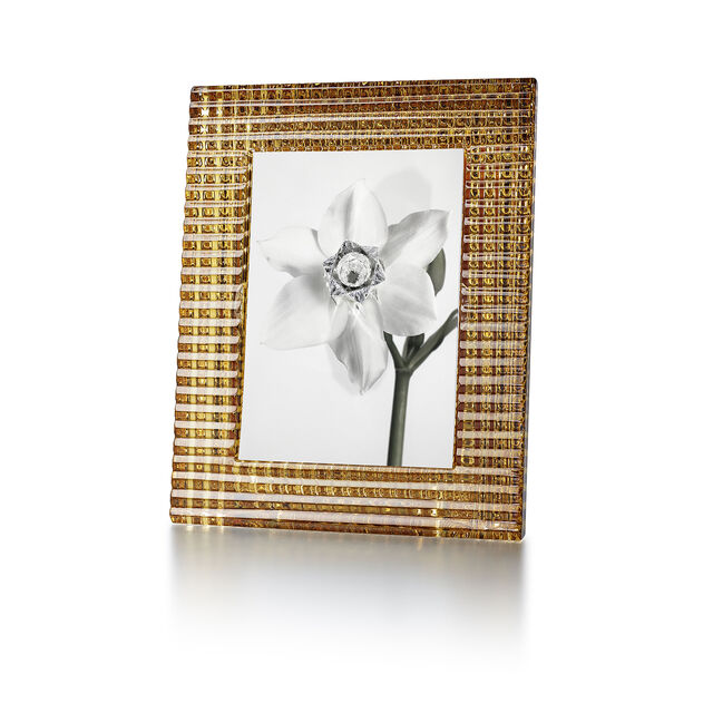 EYE PHOTO FRAME